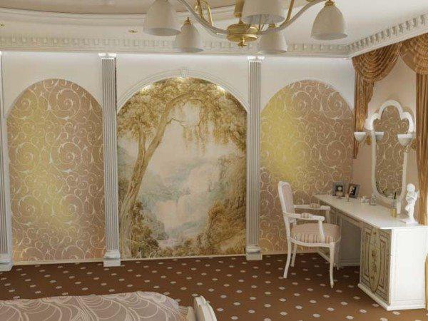 Стилизованные античные колонны и арки великолепно подчеркивают красоту фрески