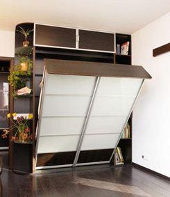 Трансформационной мебели в небольшой спальне без окна самое место.