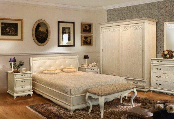 Цена мебели из массива объясняется красотой, безопасностью, надежностью и долговечностью изделий.