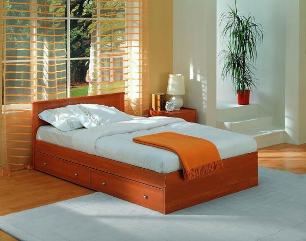 У вас всегда есть возможность шкаф для постельных принадлежностей встроить прямо в саму постель – предлагаемая конструкция одна из лучших и по удобству и по дизайну («G»)