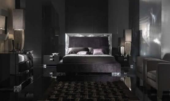 В вопросе, какие цвета лучше использовать в спальне, это фото не стало примером, а явно доказывает обратное! Пугающая мрачность вряд ли будет способствовать отдыху.