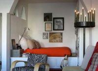 Возможен и такой вариант – спальня с нишей для кровати (фото «В»)
