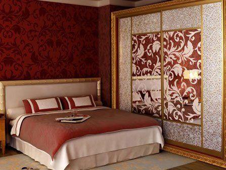 Возможно, без такого декора, эта спальня не была бы так хороша.