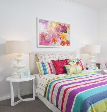 Яркие цветы для спальни одинокого человека