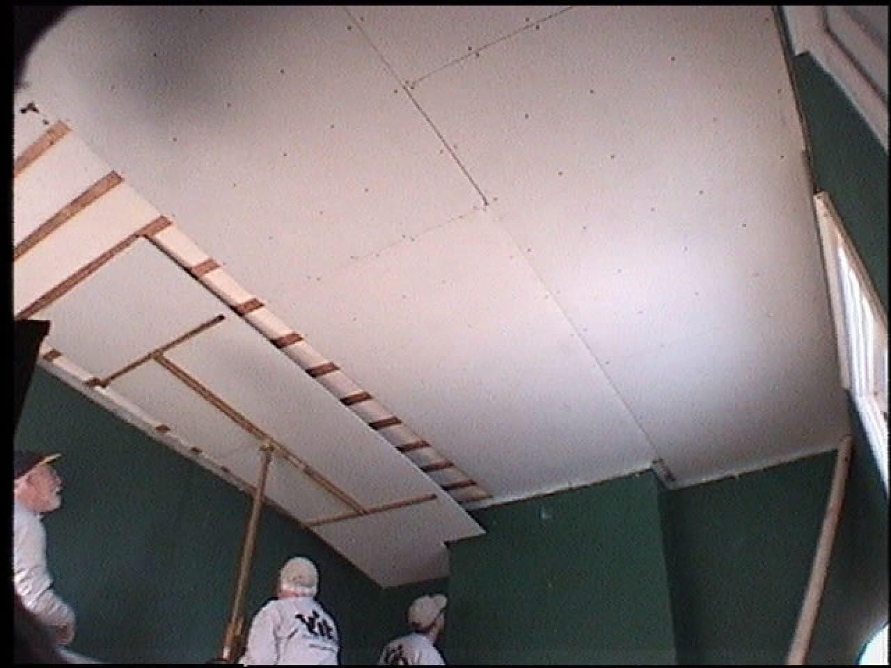 одноуровневый потолок из гкл спальне